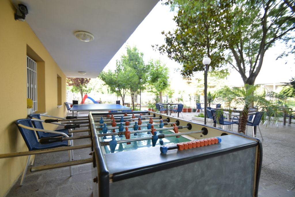 bigliardino ping pong giardino