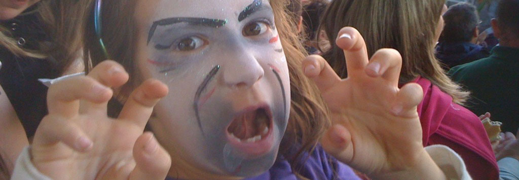 bambina halloween mirabilandia